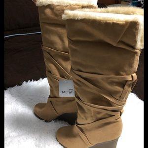 Women's tan fur trimmed knee boots wedge heel Sz 8